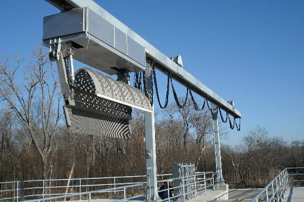 Seawater solutions Overhead Raking Screen